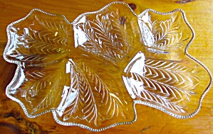 Glass Gold Beaded Rim 6 Leaf Divided Serving Tray 16 In
