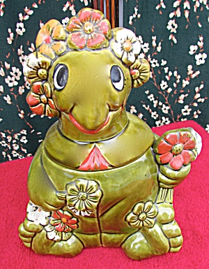 California Originals Sitting Turtle Cookie Jar Flowers
