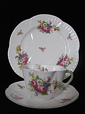 Shelley Fine Bone China Hulmes Rose Trio