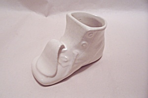Occupied Japan White Porcelain Baby Shoe