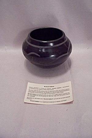 Black Sable Obsidian Color Pottery Bowl