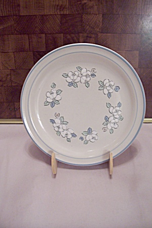 Chantilly Hand Decorated Stoneware Salad Plate