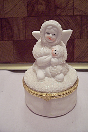 White Porcelain Snow Angel With Snow Baby Cache Pot