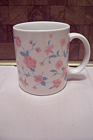 Porcelain Pink Flower Decorated Mug