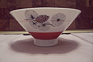 China Pine Cone & Needles Decorated Footed Rice Bowl