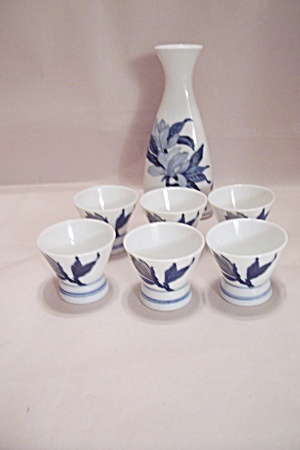 Omc White China Blue Flower Decorated Sake Set