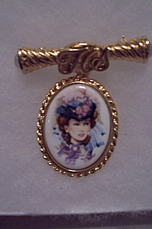 Avon Honor Society Female Award Pin 96/97