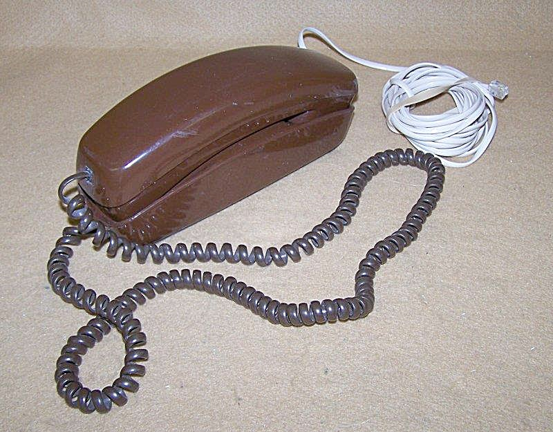 Vintage West. Elec. Chocolate Pushbutton Trimline Phone