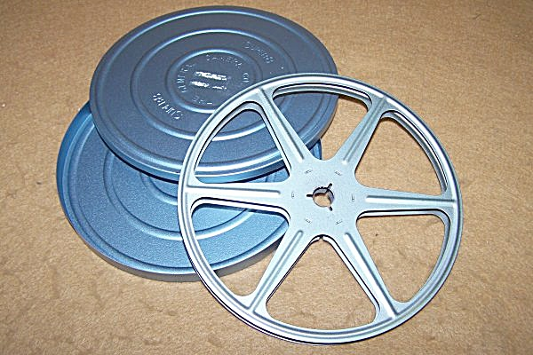 Super 8 Metal Movie Reel 5 Inch 200 Ft W/can