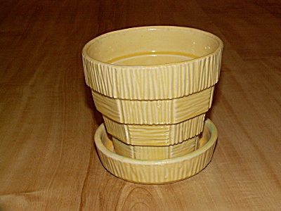 1953 Mccoy Pottery Basketweave Pot & Saucer Flowerpot Planter Yellow