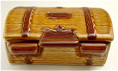 Wade Treasure Chest Trinket Box
