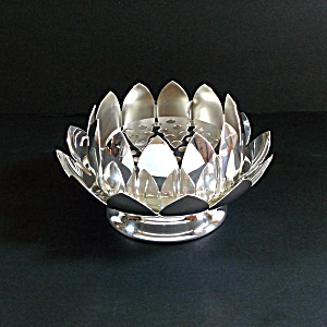 Reed Barton Silverplate Lotus Flower Bowl With Frog