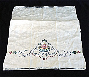 Vintage Embroidered Floral Linen Guest Or Fingertip Towel