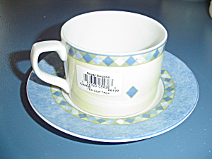 Royal Doulton Carmina Cups/saucers