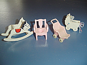 Miscellaneous Nursery Items Doll House Furniture