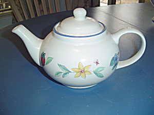 Pfaltzgraff Summer Garden Tea Pot