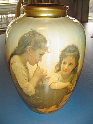 Glass Face Vase With 2 Girls On Both Sides Under Glaze