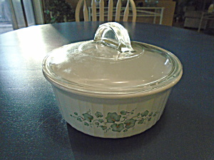 Corelle Callaway Ivy Covered Casserole
