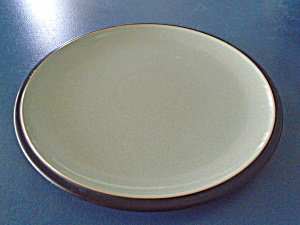 Denby Duet Black And Green Dinner Plate