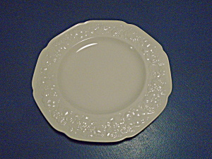 Crown Ducal Florentine Dinner Plates