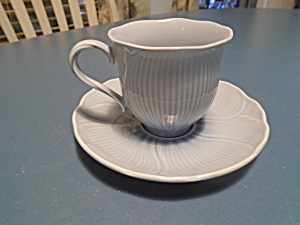 Mikasa Spring Cornflower Sets Of Cups And Saucers