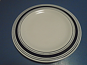 Laurie Gates Antilles White Stripe Dinner Plate