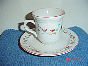 Farberware White Christmas Cups And Saucers