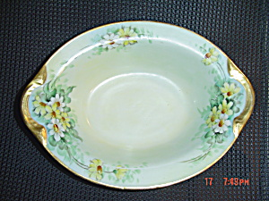 H And C France Daisy Design Handled Serving Bowl