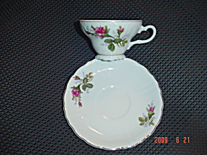 Wawel Footed Cups And Saucers Red Roses