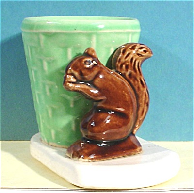 Morton Pottery Squirrel With Basket Planter