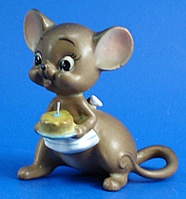 Josef Original Mother Mouse With Birthday Cake