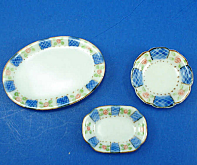 Dollhouse Miniature Platters And Plate