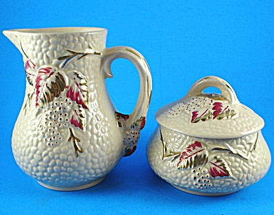 Wade Gold Trim Bramble Cream Pitcher And Sugar Bowl
