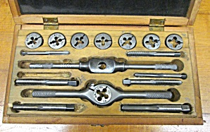 American Tap & Die Set W/case Small Sizes