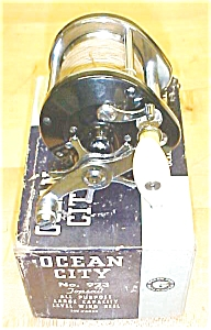 Ocean City Level Wind Fishing Reel No. 923 & Box