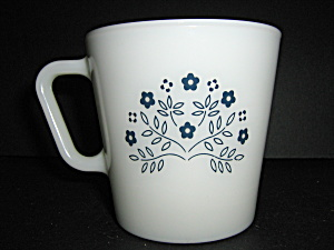 Pyrex Blueberry Coffee Mug