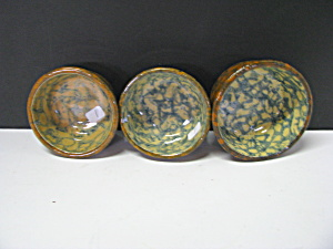 Antigue Rockingham Spongeware Pottery Custard Bowl