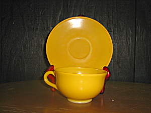 Anchor Hocking Yellow Cup & Sauce