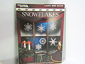 Leisure Arts Snowflakes To Crochet #892