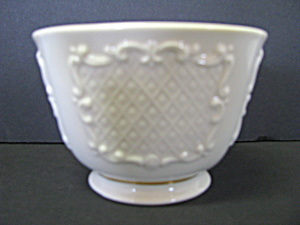 Lenox Arcadia Collection Ivory Squared Nut Dish