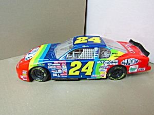Jeff Gordon Dupont Nascar 2000 Model Rainbow Racing Car