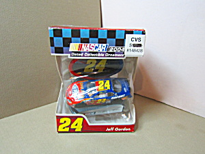 Jeff Gordon Nascar 2004 Model Ornament Racing Car