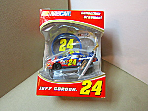 Jeff Gordon Nascar 2005 Model Ornament Racing Car