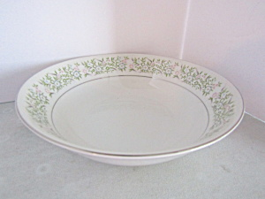 Taihei Fine China Springtime Vegetable Bowl