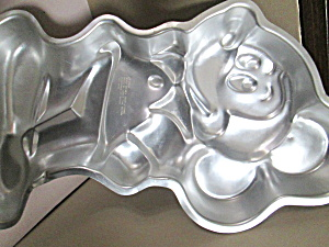 Wilton Characters Mickey Mouse Cake Pan