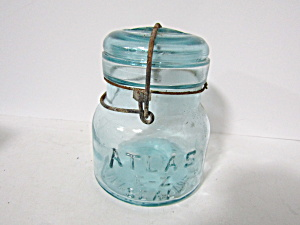 Vintage Atlas E-z Seal Pint Aqua Wire Bail Fruit Jar