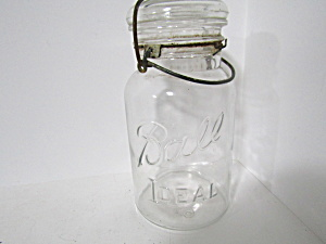 Vintage Ball Ideal Wire Bail Quart Fruit Jar