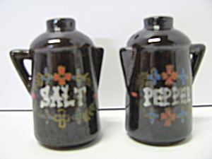 Vintage Red Ware Coffee Pot Salt &pepper Shaker
