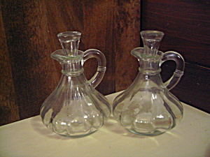 Vintage Anchor Hocking Vinegar/oil Cruet Set