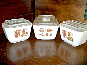 Vintage Corning Ware Early American Refrigrator Set